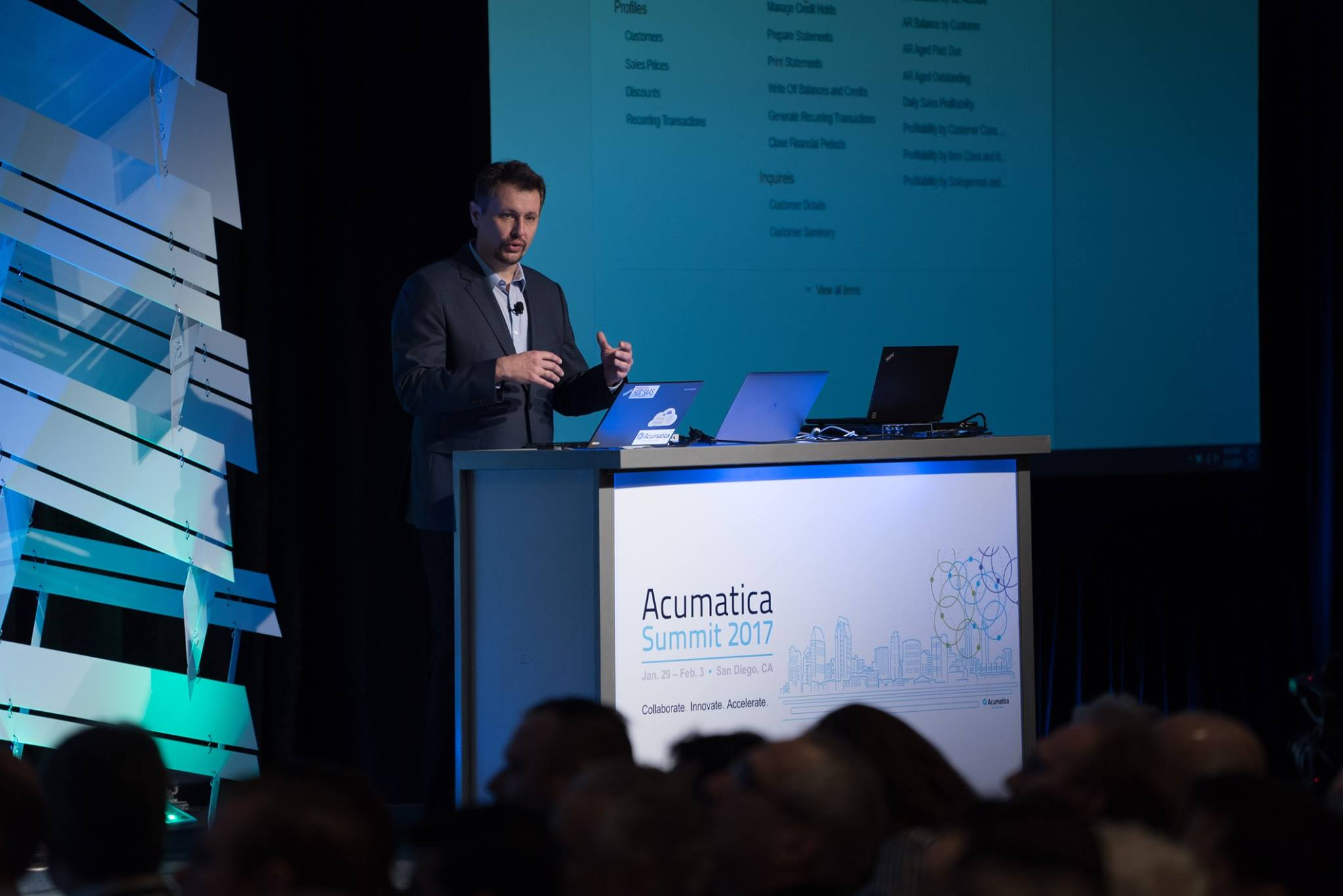 Acumatica CTO Mike Chtchelkonogov demonstrates the new Acumatica features and integrations